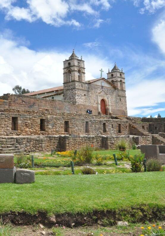 Destino Ayacucho wari