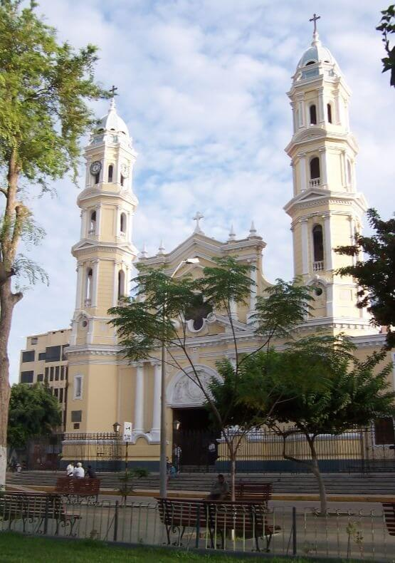 Package Piura Catedral